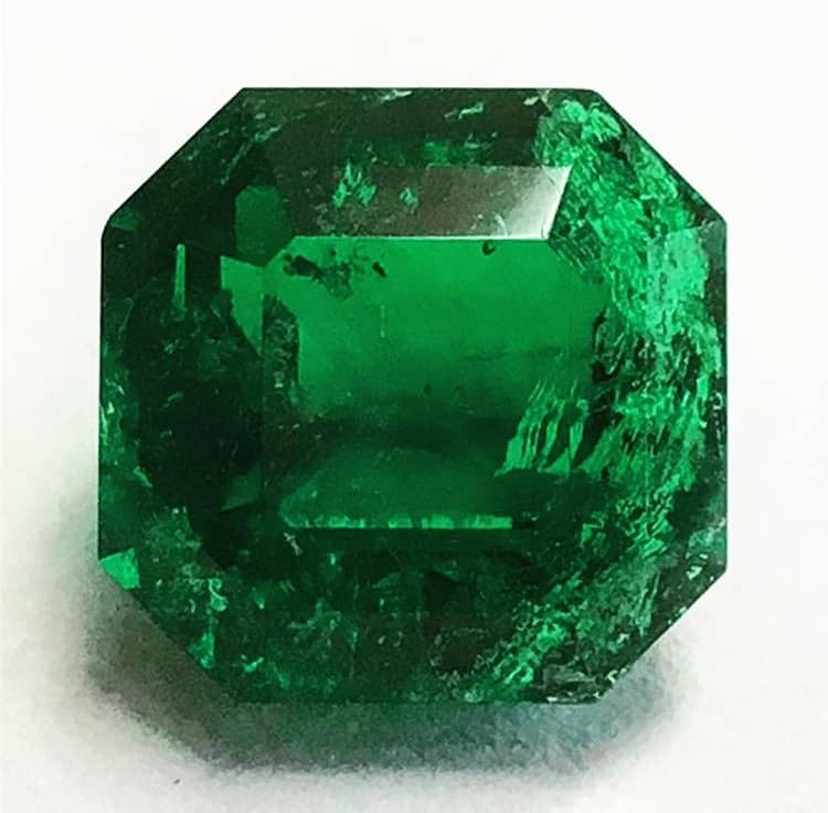 No oil untreated emerald
